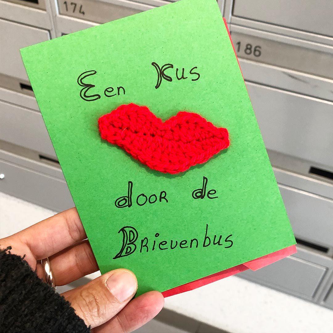 Een kus door de brievenbus | Bijzonderdag